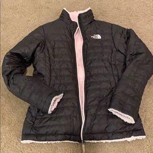 Girls Northface reversible jacket Mossbud jacket